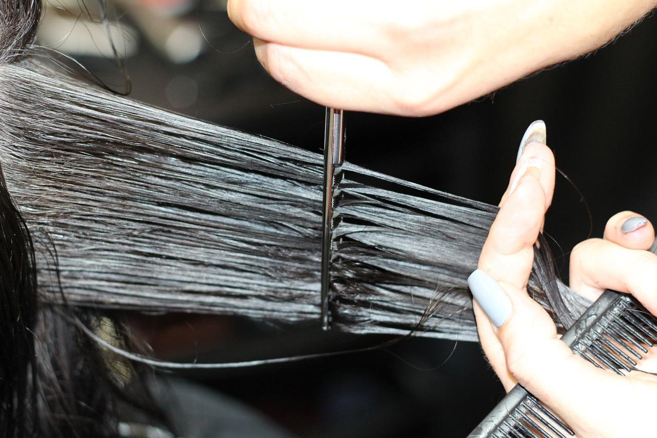 Dobra usługa – sklep fryzjerski, hurtownia fryzjerska online. Wyposażenie salonu fryzjerskiego