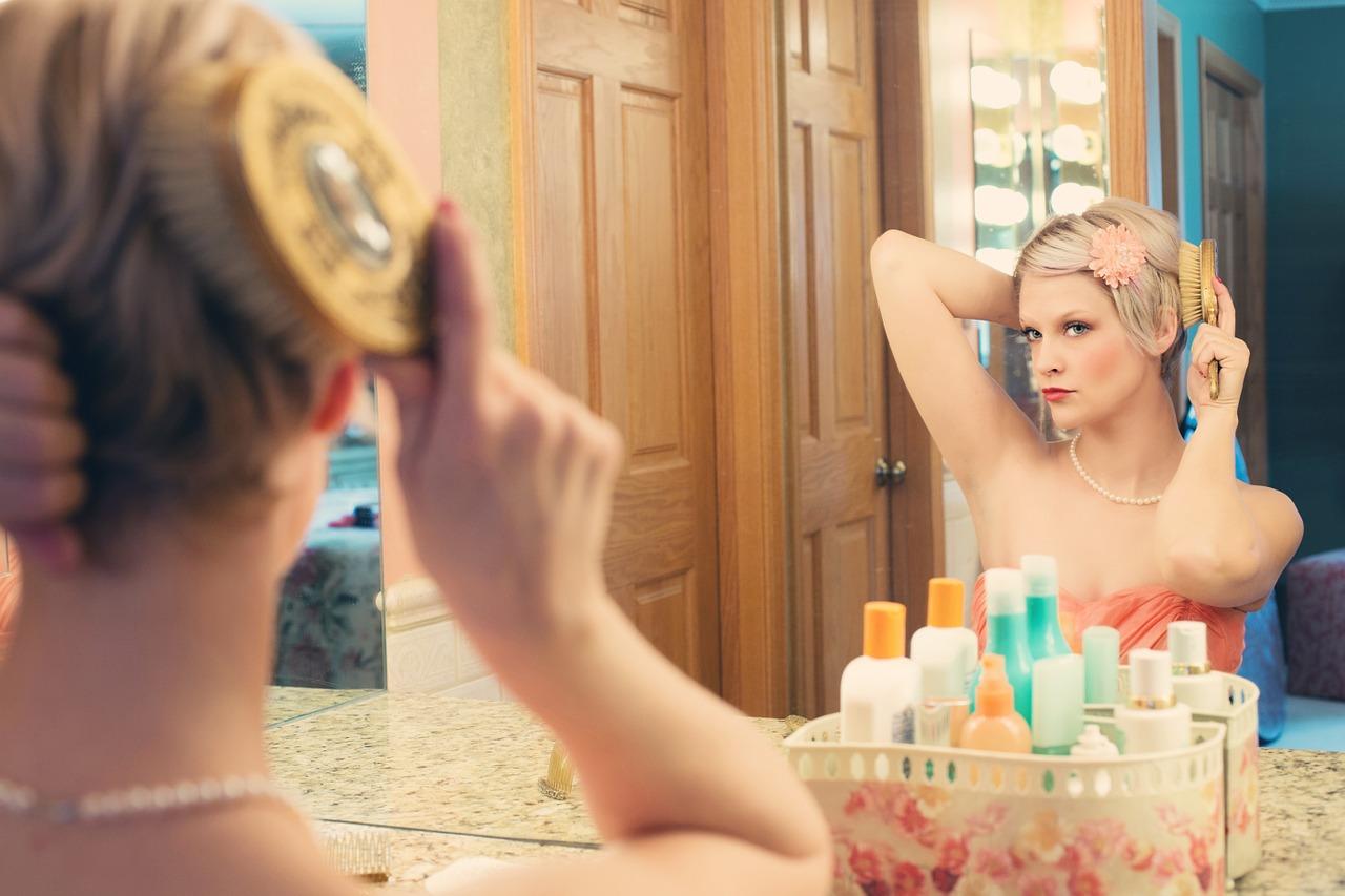 Pomaluj mnie – lustra do makijażu makeup mirror