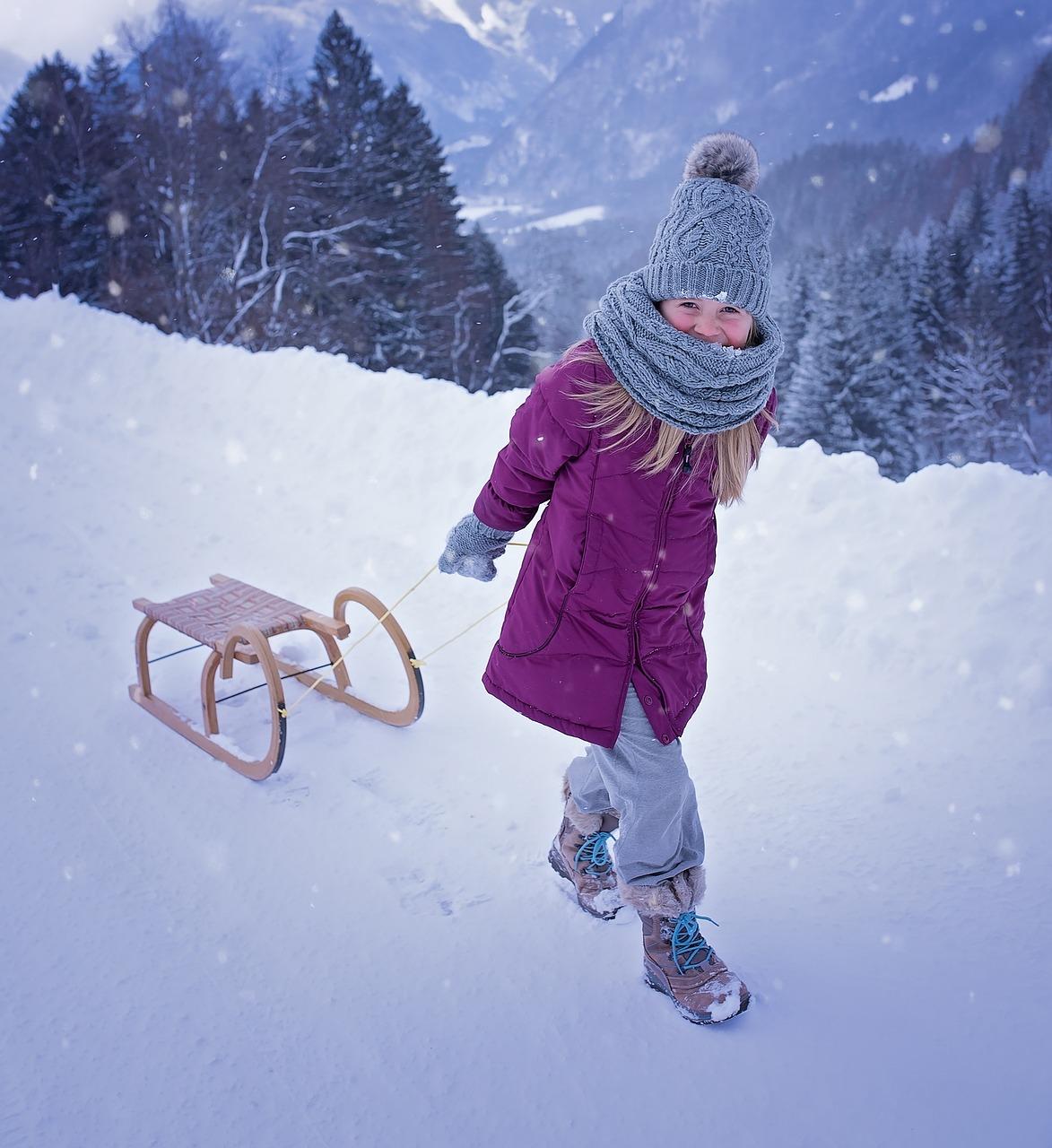 Buty zimowe dla dziewczynek Bartek. Jak kupować buty dla dziecka? Buty komunijne dla dziewczynek Lublin